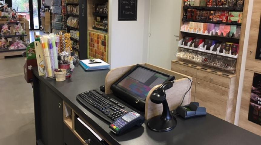 un tpe terminal de paiement cb avec logiciel de caisse enregistreuse. Black Bedroom Furniture Sets. Home Design Ideas